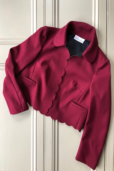 Red Valentino bordeaux scalloped-edge cropped jacket